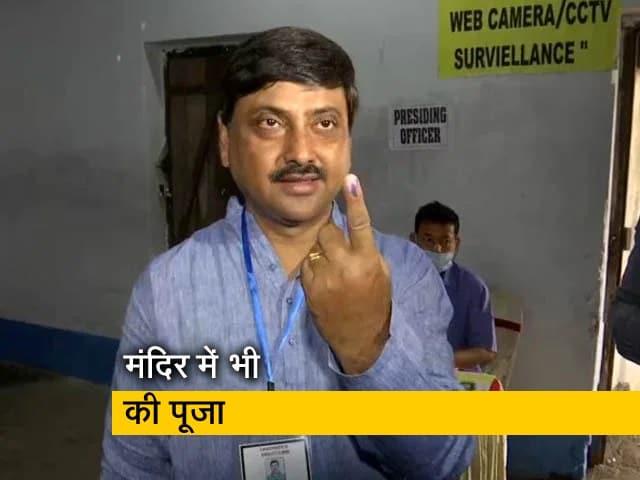 Video : TMC उम्मीदवार सौरव चक्रवर्ती ने डाला वोट