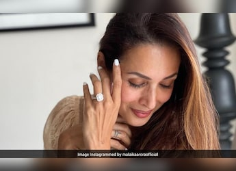 Malaika Arora's Immunity-Booster Is A Glass Of Turmeric Milk: Heres How You Can Add Turmeric To Your Diet