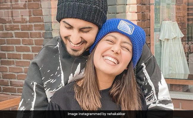 Neha Kakkar And Rohanpreet Singh Are Celebrating 6 Months Of Being Married. See Pics