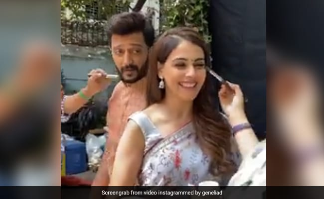 Just One Reason Why Genelia D?Souza And Riteish Deshmukh Are The Cutest