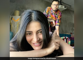 Shruti Haasan Treats Her Assamese Boyfriend To A Tamil Meal Spread