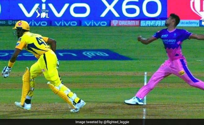 IPL 2021 Calling It Against Spirit of Cricket is a Joke says Venkatesh Prasad After dwayne bravo for backing up too far