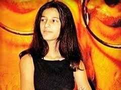 """Shruti Haasan's Been """"Excelling At The Judgy, Disinterested Face"""" Since She Was 14"""