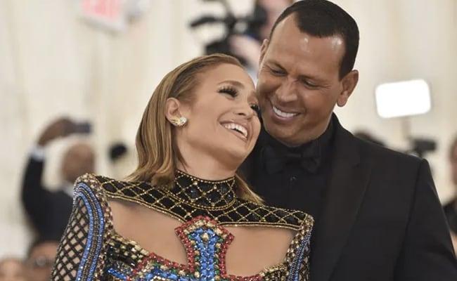 Jennifer Lopez, Alex Rodriguez Break Off Engagement: 'We Are Better As Friends'