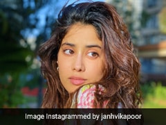 "For Janhvi Kapoor ""Painting Days Are Back"". See Her Post"