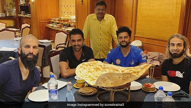 Suresh Raina Legendary Family Naan: Suresh Raina Tries The Legendary Family Naan' With CSK Teammates
