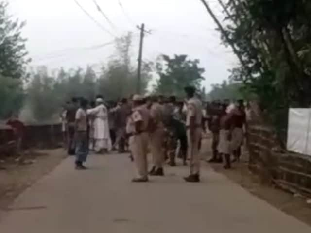 Video : Blank Rounds Fired As Crowds Clash In Assam's Barak Valley During Voting