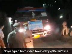 Delhi Police Creates Green Corridor For Oxygen Tanker From Uttar Pradesh