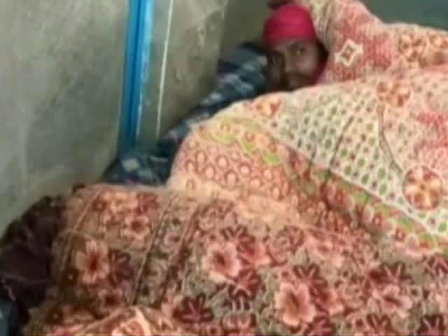Video : 5 Covid +ve Labourers 'Isolated' In Toilet In Himachal Pradesh Bus Stand