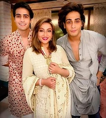 Urvashi Dholakia, 41, Says Her Twin Sons Want Her To 'Get Married' Again