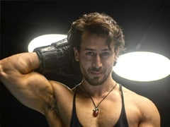 In Tiger Shroff vs His Fitness Trainer, Guess Who Won?