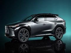 सूरज से चार्ज होगी Toyota की नई इलेक्ट्रिक SUV कार, डिज़ाइन भी है धांसू