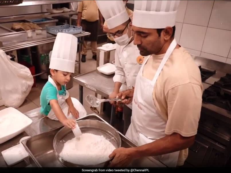 """Watch: """"Little Master Chef"""" Uthappa Jr. Helps Father Robin In Baking Cookies"""