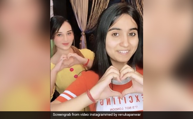 Renuka Pawar, singer of '52 Gaja Ka Daman ', advised' Tera surname mein naam kar de ', video went viral