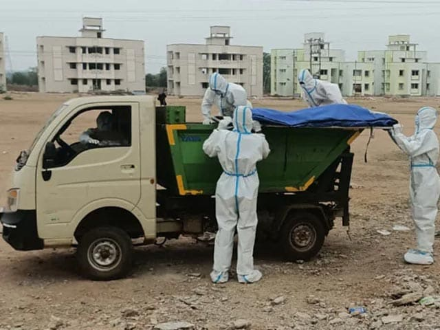 Video : Garbage Van Ferries Covid Patients' Bodies To Chhattisgarh Crematorium