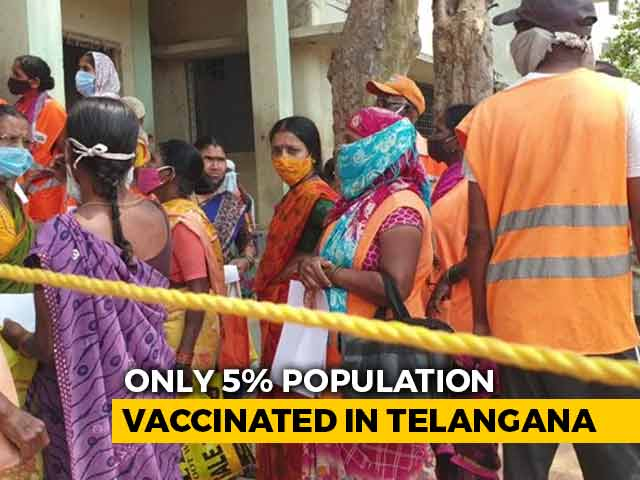 Video : At Hyderabad Centre, Sanitation Workers Rush For Vaccines, Told No Go