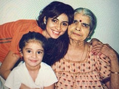 Can't Take Our Eyes Off Ananya Panday In This Adorable Throwback Pic With Mom Bhavana