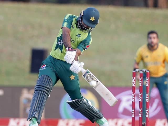 4th T20I: Pak Clinch Series 3-1 Despite Late Collapse vs South Africa