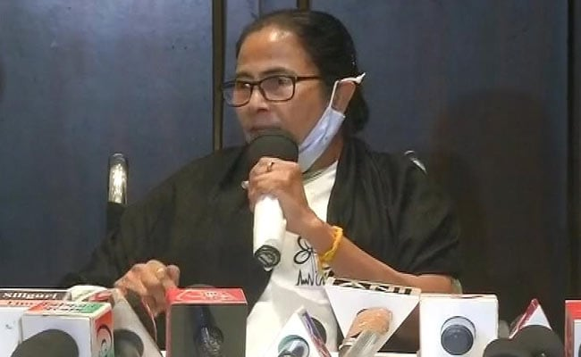 'Hollow, Without Substance': Mamata Banerjee On New Central Vaccine Norms