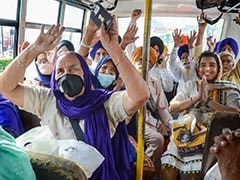 Over 800 Indian Sikhs Reach Pakistan To Mark Vaisakhi At Gurdwara