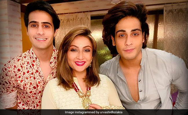 Actress Urvashi Dholakia, 41, Says Her Twin Sons Want Her To 'Get Married' Again