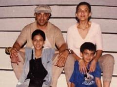 "Shruti's ""Favourite"" Throwback Pic With Dad Kamal Haasan, Mom Sarika And Sister Akshara"