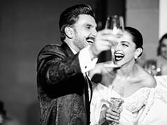 "On Deepika Padukone's New Website, No 1 Fan Ranveer Singh Writes: ""I Sometimes Stop And Admire Her"""