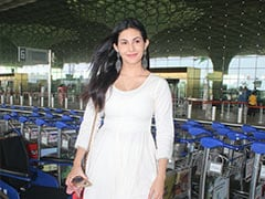 Amyra Dastur's Breezy White Maxi Is The Perfect Summer Airport Look