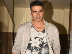 "Akshay Kumar Hospitalised After Testing COVID-19 Positive: ""Hope To Be Back Home Soon"""