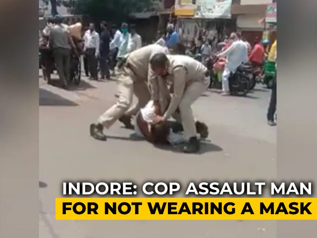 Video : Mask Slipped From Nose, Man Beaten Mercilessly By Cops In Madhya Pradesh