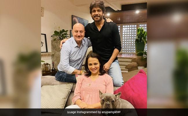 Anupam Kher Loves The 'Cool Couple' That Nagarjuna And Amala Akkineni Make