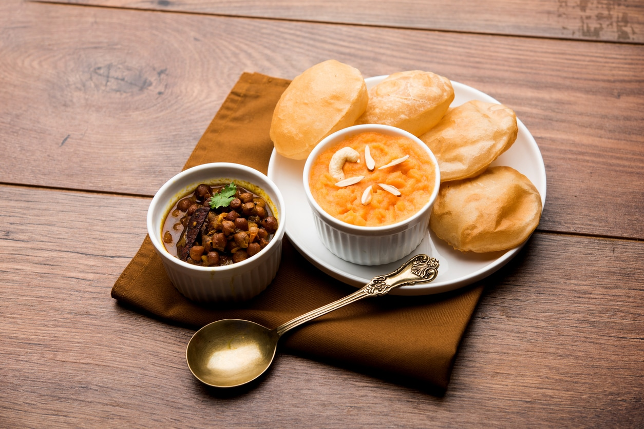how to make poha aloo poori at home try it today- Recipe inside
