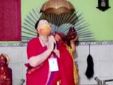 "Video : BJP's Locket Chatterjee Prays At Temple, Says ""Every Vote Important"" For Party"