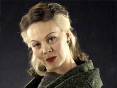 """""""Helen McCrory Was One Of The Reasons Harry Potter Was Alive,"""" Daniel Radcliffe Writes In His Tribute For The Actress"""