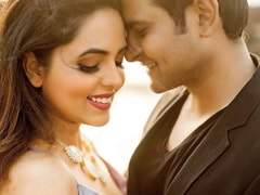 'The Kapil Sharma Show' Star Sugandha Gets Engaged To Sanket Bhosale