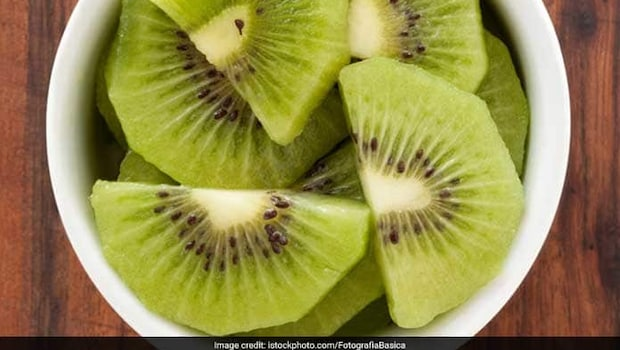 7 Interesting Ways To Include Kiwi In Your Monsoon Diet (Recipes Inside)