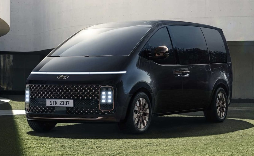 The Hyundai Staria will go on sale in Europe in mid 2021.