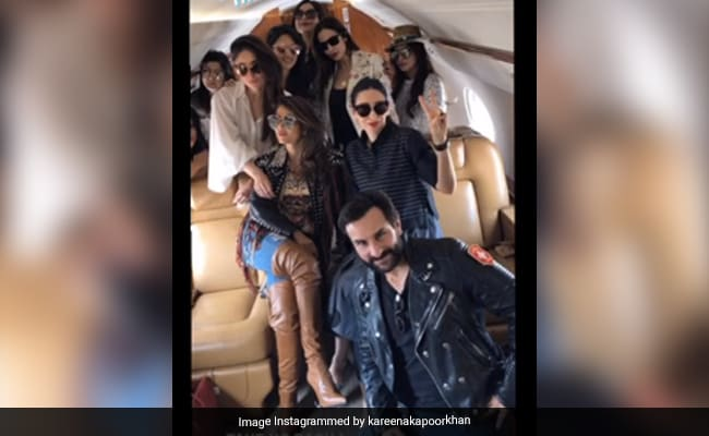 The Gang's All There In Kareena Kapoor's Pre-COVID Pic. Just One Question...