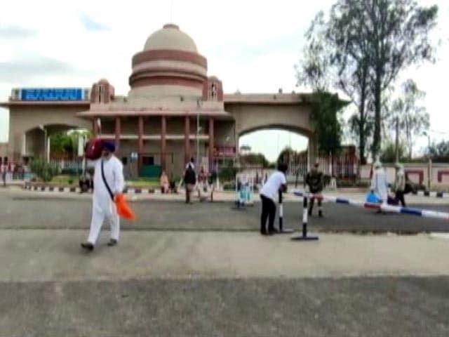 Video : 100 Sikh Pilgrims Test Positive On Return From Pakistan After Baisakhi
