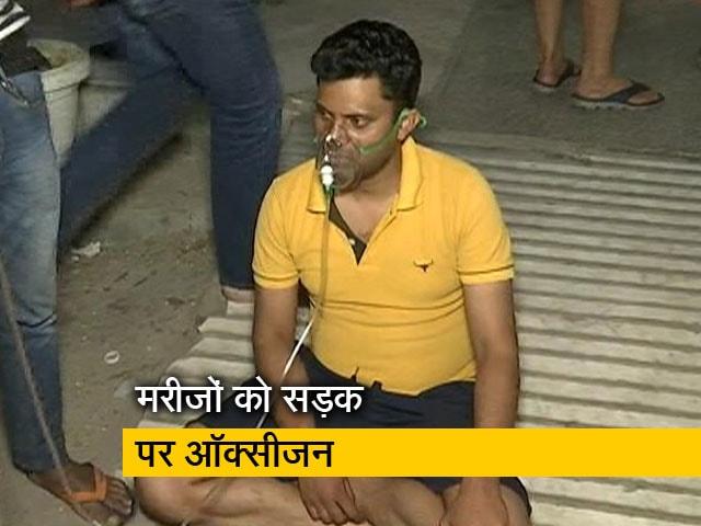 Video : मरीजों की मदद कर रहा गाजियाबाद का गुरुद्वारा