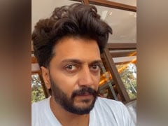 Riteish Deshmukh Shares ROFL Post Describing What He Eats For Breakfast