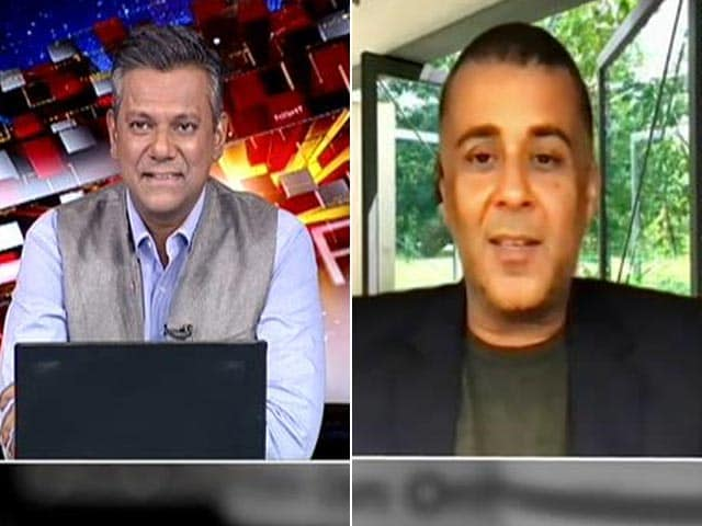 Video : Vaccine Is the Only Way Out: Chetan Bhagat