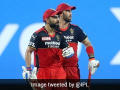 IPL 2021, MI vs RCB: Glenn Maxwell Hits A Massive Six, Virat Kohli's Reaction Is Priceless. Watch