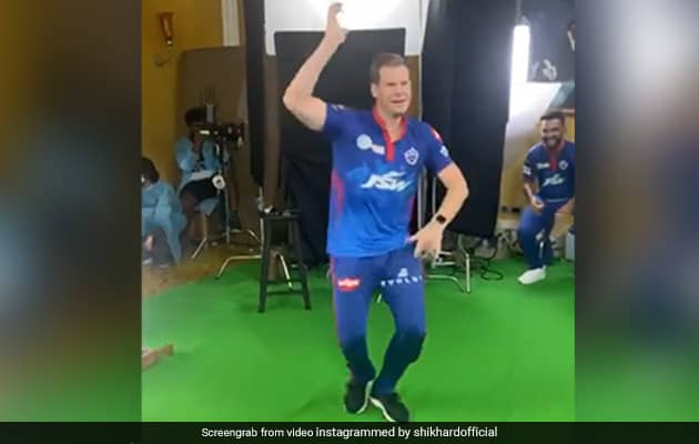 Watch: Steve Smith, Chris Woakes Dance To Vaathi Coming Song
