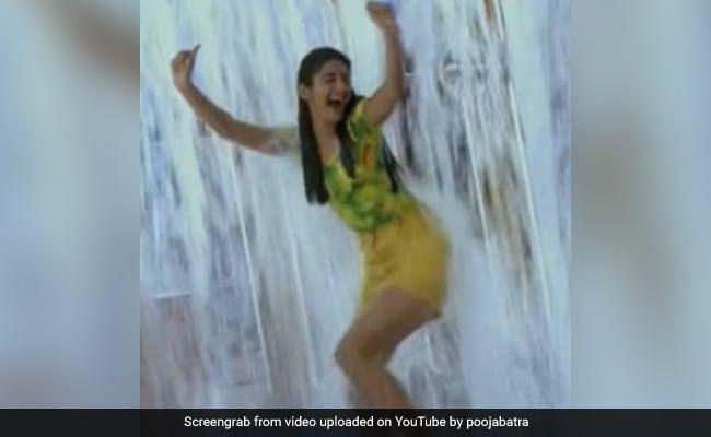 This Liril Commercial, Featuring Pooja Batra, Still Feels Lemony Fresh