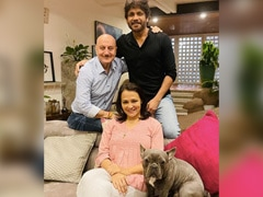 "Anupam Kher Loves The ""Cool Couple"" That Nagarjuna And Amala Akkineni Make"