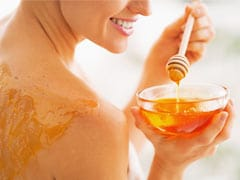 Honey For Face, Skin: How To Use, Benefits, DIY Remedies For Supple Skin