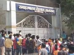 On Camera, Students Throw Bricks At Officials Amid Bihar Anti-Covid Drive