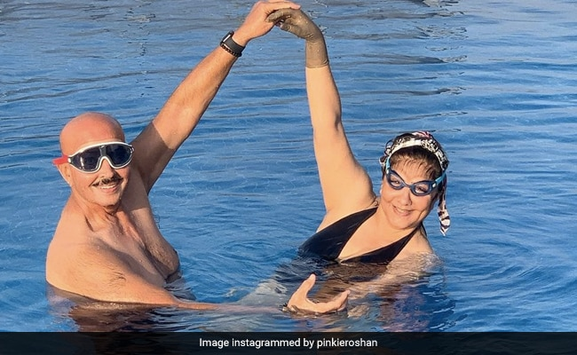 'Too Cute': Hrithik Roshan And Ex-Wife Sussanne Khan Comment On His Parents Pinkie And Rakesh Roshan's Pic