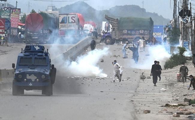 France Advises Citizens To Leave Pakistan After Violent Protests